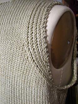Knitty_city_shell_armhole