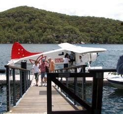 Seaplane_to_cottage_point_inn